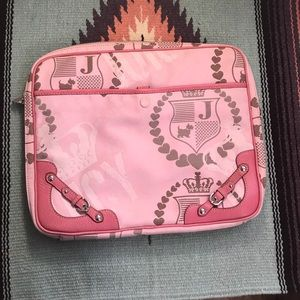 Juicy couture pink laptop holder 17'